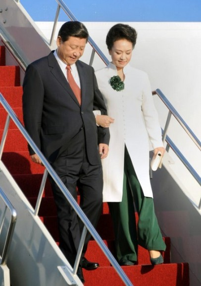With husband, The President of China, Xi JinPing