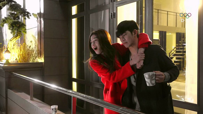 9-Kim-Soo-Hyun-You-Who-Came-From-The-Stars-Episode-5-Review