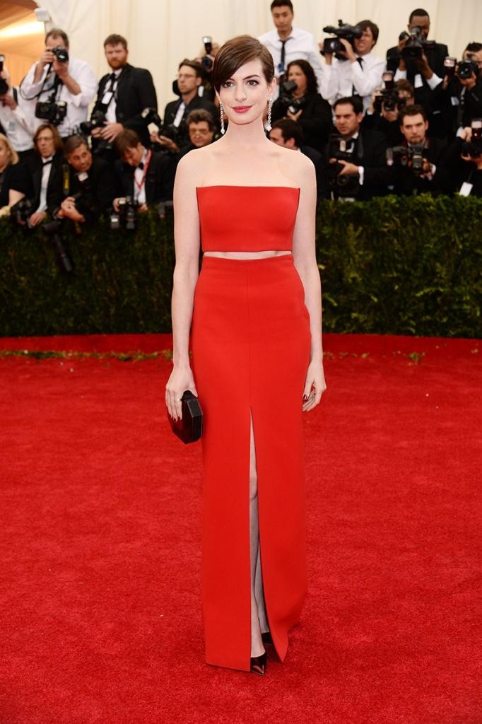 Anna Hathaway in Calvin Klein