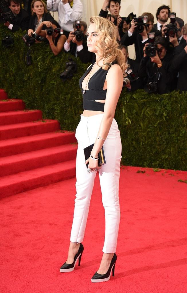Cara Delevigne in Stella McCartney