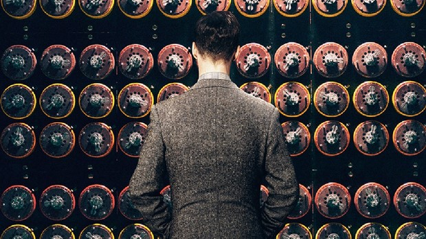 The-Imitation-Game-Lenigma-di-un-genio-primo-poster-italiano-del-biopic-con-Benedict-Cumberbatch-2